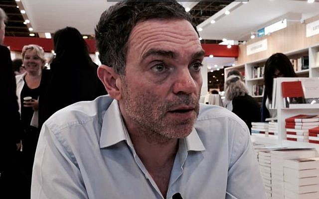 Yann Moix (Wikipedia/librairiemollat)
