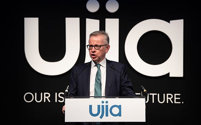 MIchael Gove addresses the UJIA annual dinner (Credit: Blake Ezra Photography)
