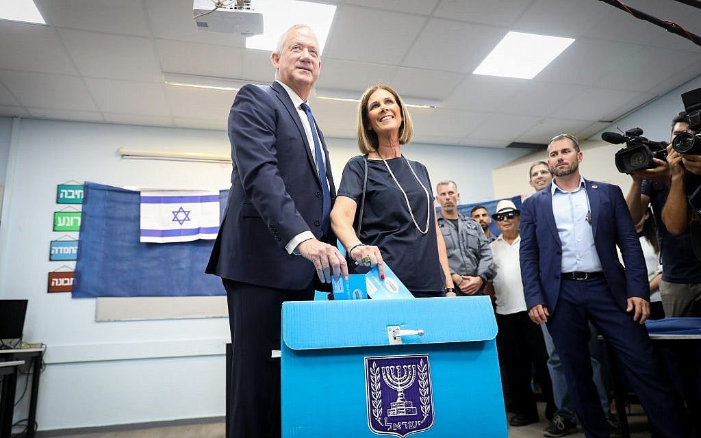 Benny Gantz, former Israeli Army Chief of Staff and chairman of the Blue and White Israeli centrist political alliance, arrives to cast his vote during the Israeli legislative elections, in Rosh Haayin, Israel, 17 September 2019. Photo by: JINIPIX