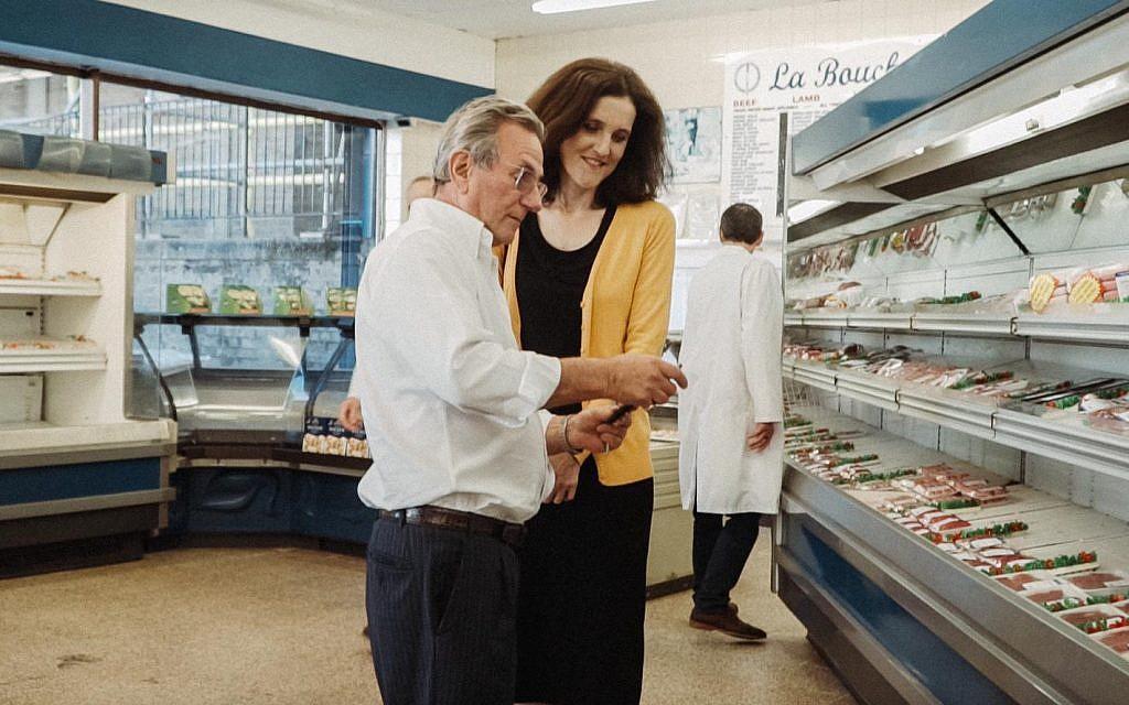 Theresa Villiers in La Boucherie kosher butcher in her constituency