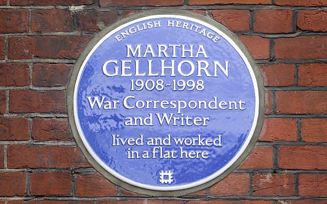 Martha Gellhorn blue plaque, 72 Cadogan Square, London.(English Heritage)