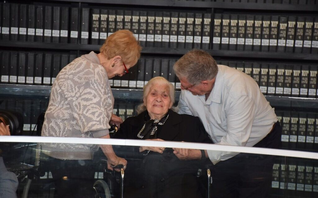 Holocaust survivors Sarah Yanai and Yossi Mor reunite at Yad Vashem with Melpomeni Dina, one of their wartime rescuers who was recognized by Yad Vashem as Righteous Among the Nations (Credit: Yad Vashem)