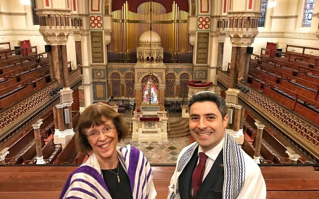 Rabbi Helen Freeman and Rabbi David Mitchell
