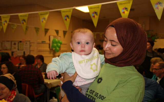 Mitzvah Day at the Salaam Shalom kitchen