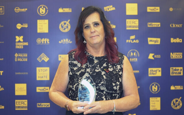 Marteene Pringle with her award at the No2H8 Awards
