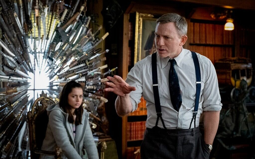 Daniel Craig and Ana De Armas star in Knives Out