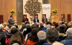 Around 400 people attended the hustings to listen to candidates battle it out (Credit: Alyth Synagogue/ Twitter)