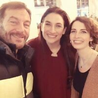 Jason Isaacs with Luciana Berger and Cllr Luisa Porritt (Credit: Twitter)