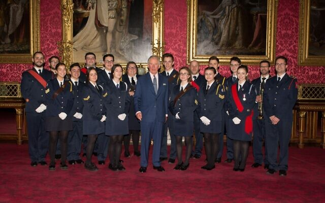 The Prince of Wales with JLGB members (Credit: Board of Deputies of British Jews)