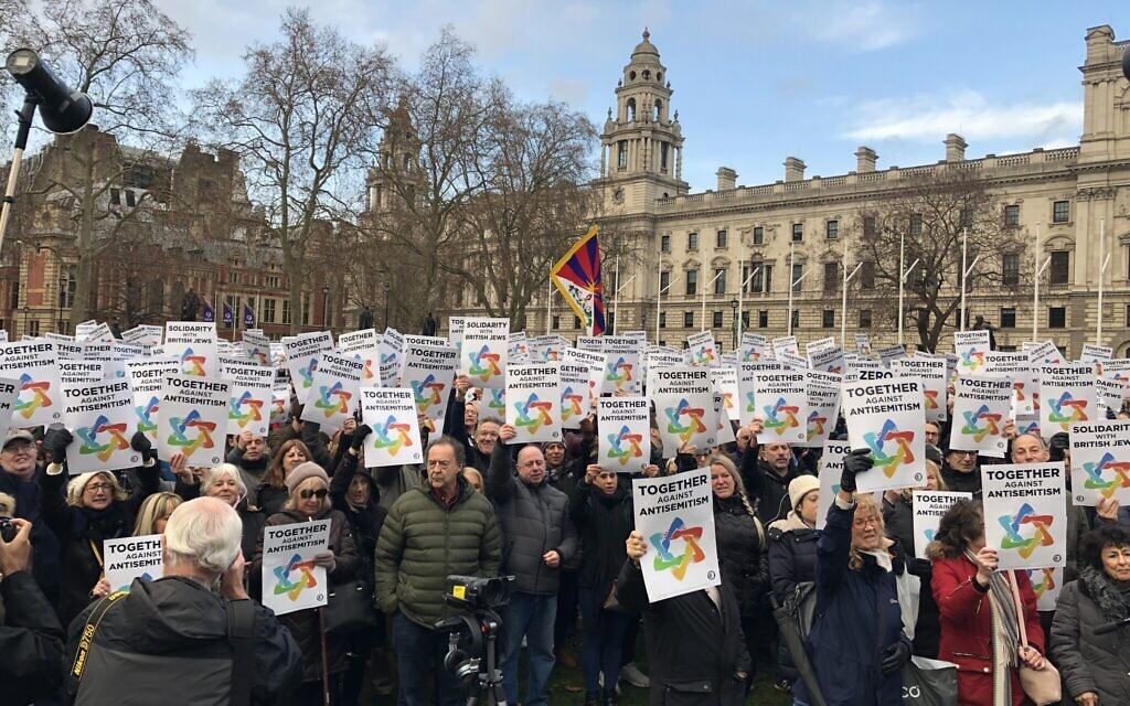 Thousands gathered in Parliament Square on Sunday to protest against antisemitism