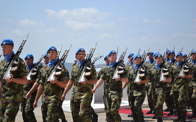 Irish Army soldier peacekeepers during an inspection while serving with UNIFIL on September 19, 2013   (Wikipedia/Irish Defence Forces/Creative Commons Attribution 2.0 Generic license)