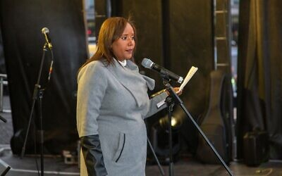 Pnina Tamano-Shata speaking at Chanukah in the Square 2019 (Adrian and Doovy Kelaty (Blend Video and Photography))