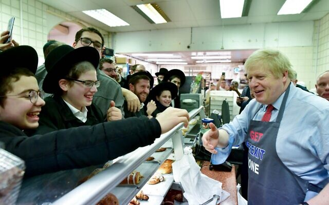 Boris Johnson at Golders Green's Grodzinski Bakery (credit: Boris Johnson/Twitter)
