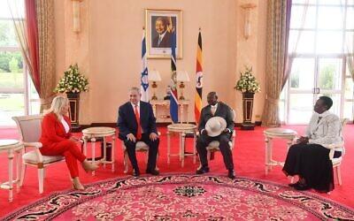 Prime Minister Netanyahu met with Ugandan President Museveni (PMofIsrael on Twitter)