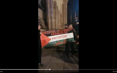 Anti-Israel demonstrators protest against former British Army commander Col. Richard Kemp and Brig. Gen. Yossi Kuperwasser, at Bristol University