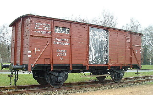 Reconstructed railway wagon at the Neuengamme memorial in which prisoners were transported. (Wikipedia/AuthorHao Liu)