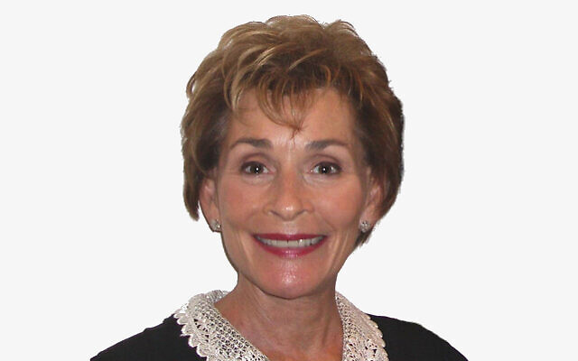 Judge Judy Sheindlin (Wikipedia/Source	Judge Judy & Painting/Author	Susan Roberts from Chicopee, U.S.A/ (CC BY-SA 2.0) / https://creativecommons.org/licenses/by-sa/2.0/legalcode)