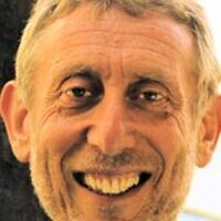Michael Rosen (Wikipedia / Source	Flickr: Rosen / Author	University of Salford Press Office / Attribution 2.0 Generic (CC BY 2.0)  https://creativecommons.org/licenses/by/2.0/legalcode)