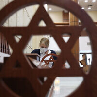 Sanitising the synagogue at the Moscow Jewish Community Center. Russia's Chief Rabbi Berl Lazar has ordered to close the synagogue at the Moscow. (Vladimir Gerdo/TASS)