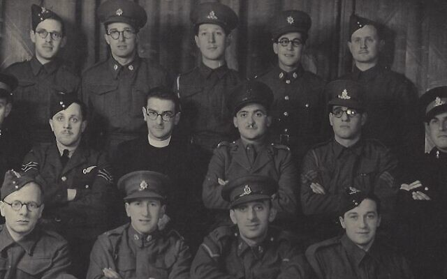 Jewish soldiers in Sunderland whilst they were on Pesach leave in 1940. Saul's grandfather, is in the middle on the back row. (Credit: Saul Taylor)