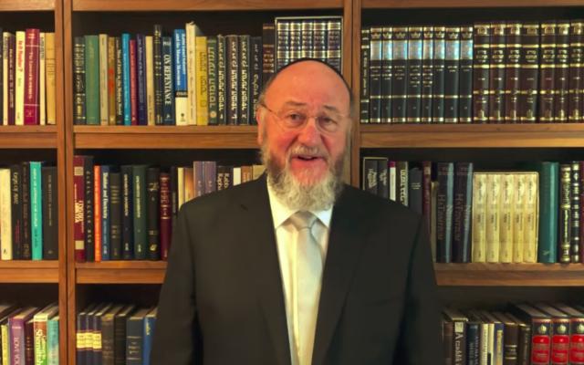 Chief Rabbi Ephraim Mirvis (Credit: Facebook)