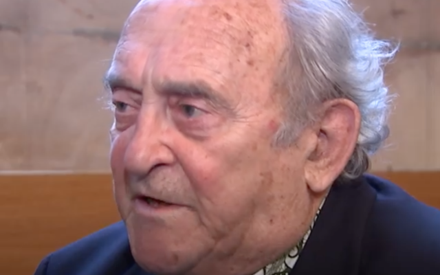 Screenshot from Channel 4 News's video with Denis Goldberg in 2014. (https://www.facebook.com/Channel4News/videos/1120485414977018/)
