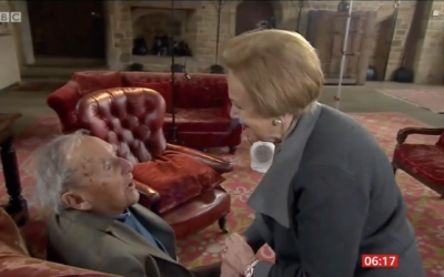 Mala Tribich meeting her liberator, Nathaniel Fiennes (Screenshot from video by Holocaust Educational Trust)