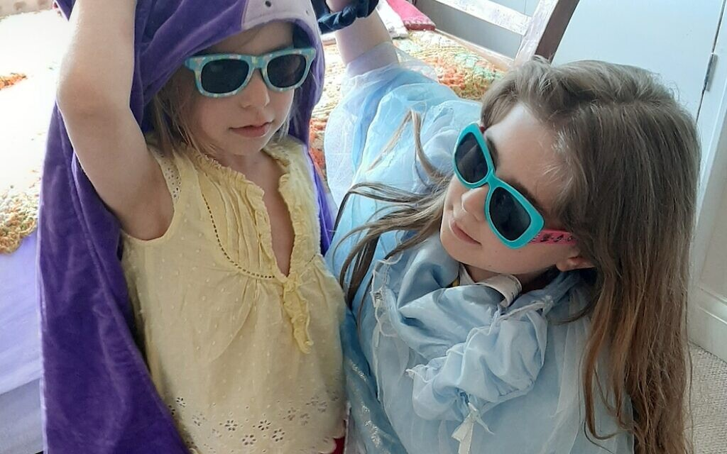 Tabitha, 5 and Poppy, 11, during the official Kids Party!