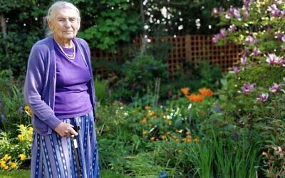 Robin Myers in her garden (Credit: World Jewish Relief)