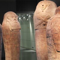 Sarcophagus of Canaanites featured in the Israel Museum (Wikipedia/ Author: Davidbena /Attribution-ShareAlike 4.0 International (CC BY-SA 4.0) https://creativecommons.org/licenses/by-sa/4.0/legalcode)