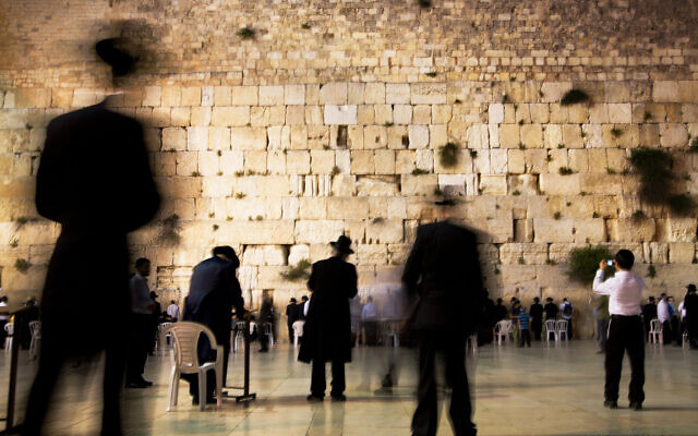 Men and boys at the Western Wall, Jerusalem, the Old City. (Credit: Noam Chen for the Israeli Ministry of Tourism.)