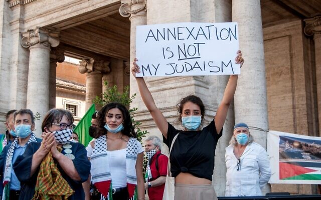 Rome. A national day of mobilisation against the Israeli annexation and for the recognition of Palestine was held in Rome on Sunday. (Photo by Patrizia Cortellessa/Pacific Press/Sipa USA)