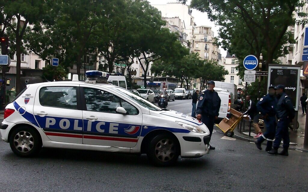 France jails two over separate antisemitic incidents