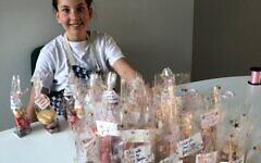 Sofia Barzali making cakes for members of the Leonard Sainer Centre