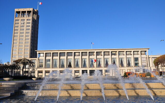 Le Havre  town hall (Wikipedia/AuthorPhilippe Alès/ Attribution-ShareAlike 1.0 Generic (CC BY-SA 1.0) https://creativecommons.org/licenses/by-sa/1.0/legalcode)