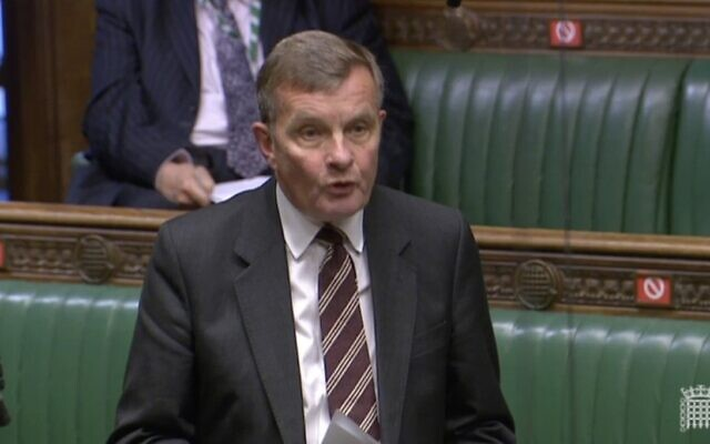 David Jones speaking in the Commons during the debate