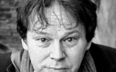 David Graeber (Wikipedia/Author: Guido van Nispen/ Source: https://www.flickr.com/photos/vannispen/16741093492/ / Attribution 2.0 Generic (CC BY 2.0) / https://creativecommons.org/licenses/by/2.0/legalcode)