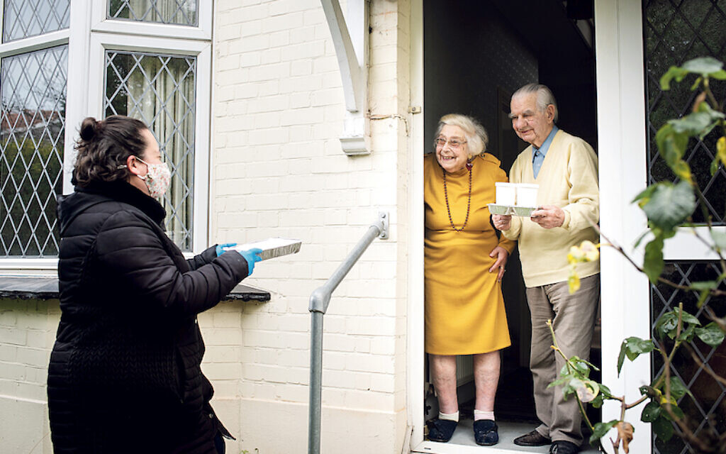 Jewish Care volunteers supporting elderly and vulnerable service users during the pandemic.   (C) Blake Ezra Photography Ltd. 2020