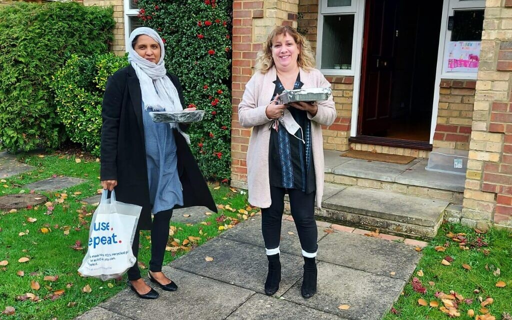 Alison Rosen, Hajra Rahim and the women of Nisa-Nashim Bushey joined the Bushey MD project to make cakes for keyworkers