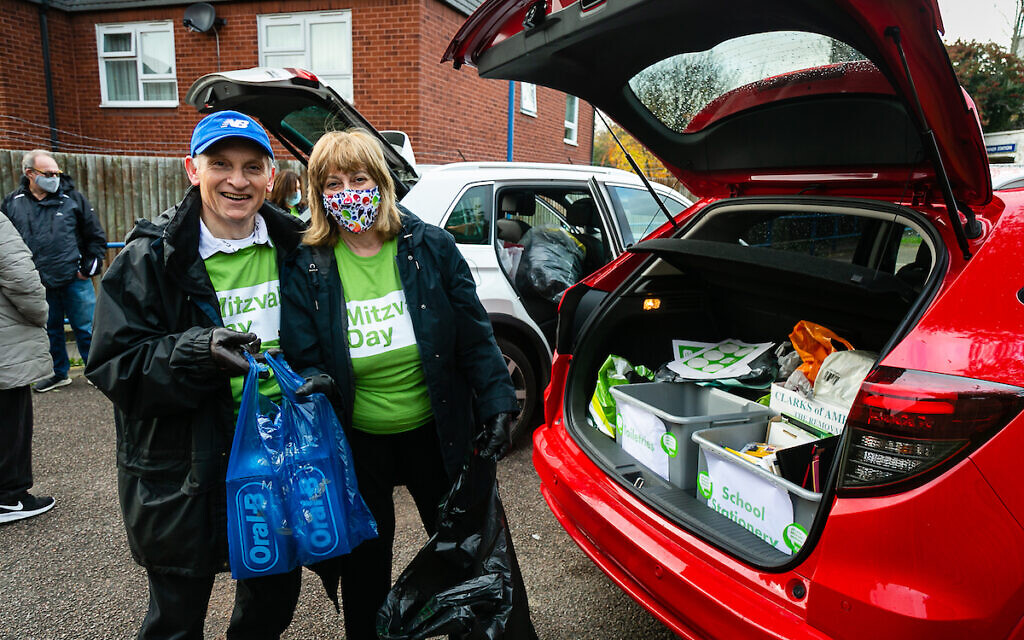 Pinner United Synagogue Goods for Good car park collection