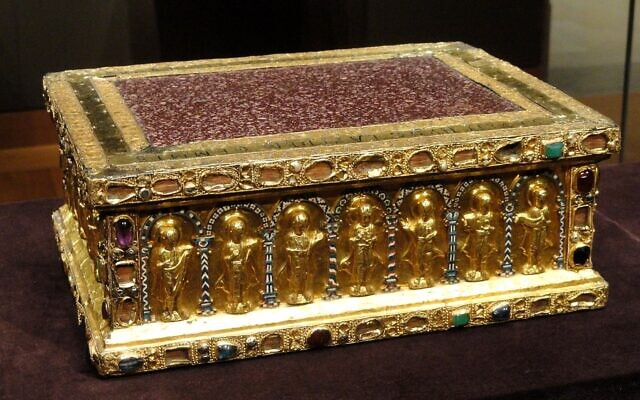 Portable Altar of Countess Gertrude, shortly after 1038, from the Guelph Treasure, German, Lower Saxony, gold, enamel, porphyry, gems, pearls, niello (Cleveland Museum of Art)