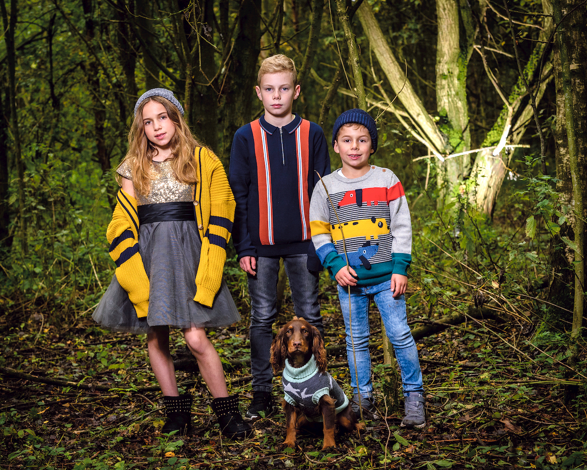 The Group JN Woods Photo Shoot of Jewish News Hanuka in woods at In the Woods, Barnet On Oct2020 By Adam Soller Photography