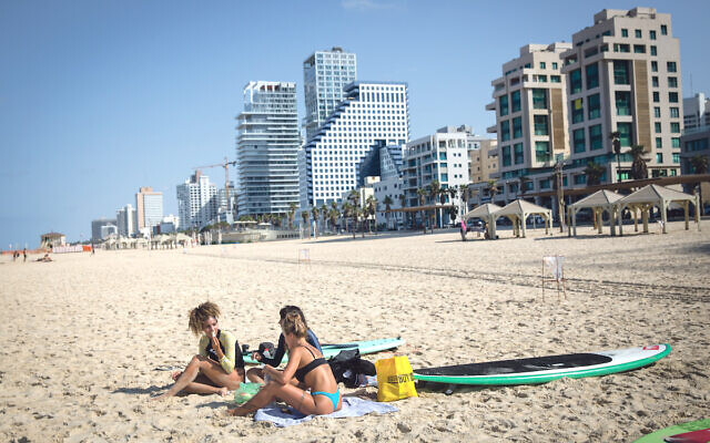 The almost empty beach in Tel Aviv, where only sports is allowed, during a nationwide lockdown. October 12, 2020. Photo by Miriam Alster/FLASH90