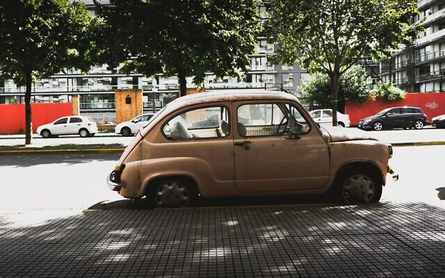 Car in Buenos Aires (Photo by Jose Carrasco on Unsplash)