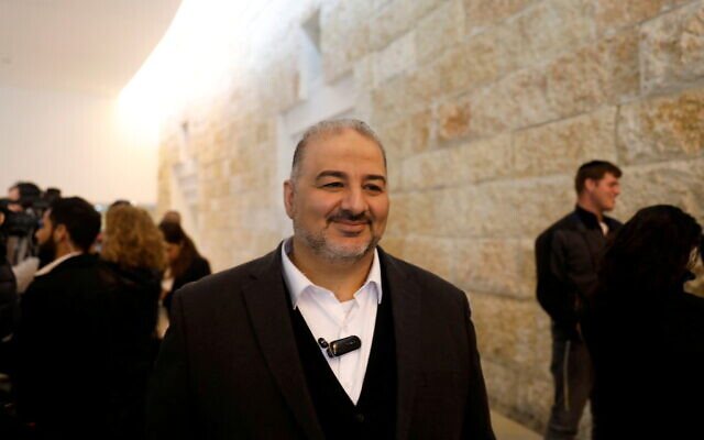 Mansour Abbas, leader of the United Arab List (Ra'am) faction, pictured at Israeli Supreme Court hearing in Jerusalem in March 2019 (Photo: Reuters:/Ronen Zvulun)
