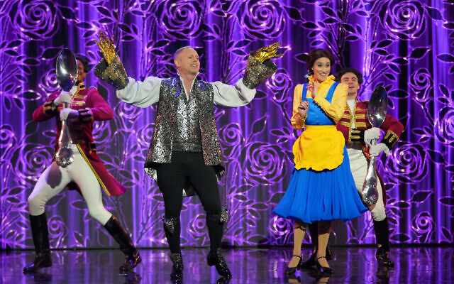 Robert Rinder performs Be Our Guest from Beauty and the Beast. ((C) ITV Plc)