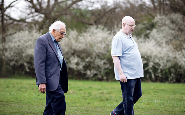 Matt Lucas met 93-year-old survivor Harry Olmer