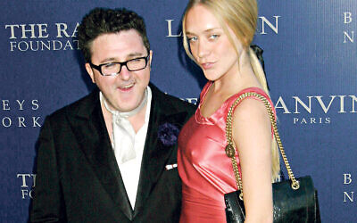 Alber Elbaz with actress, model, filmmaker, and fashion designer Chloe Sevigny  (Credit Image: A© Ed Geller/Globe P)