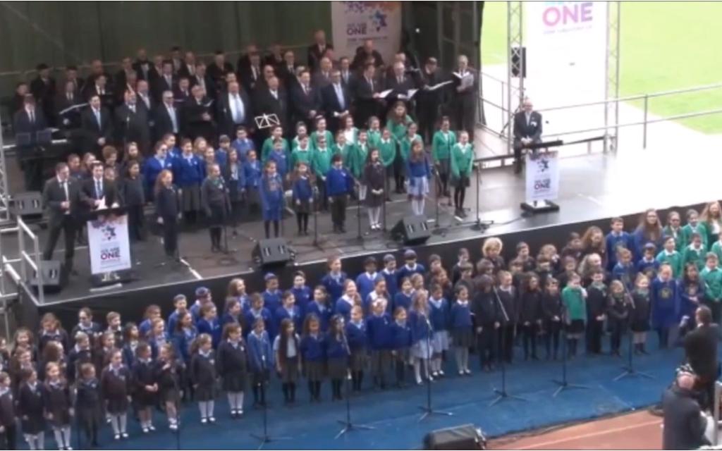 School choir performs for Yom HaShoah