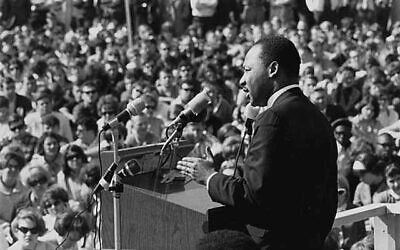 Martin Luther King (Wikipedia/ Sourcehttps://www.flickr.com/photos/minnesotahistoricalsociety/5355384180/sizes/o/in/photostream/ /AuthorMinnesota Historical Society / Attribution-ShareAlike 2.0 Generic (CC BY-SA 2.0)  https://creativecommons.org/licenses/by-sa/2.0/legalcode)